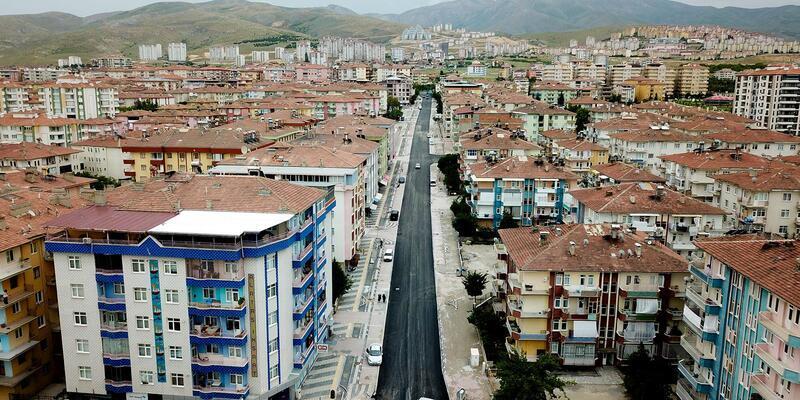 Mevlüt Aslanoğlu Caddesi asfaltlandı