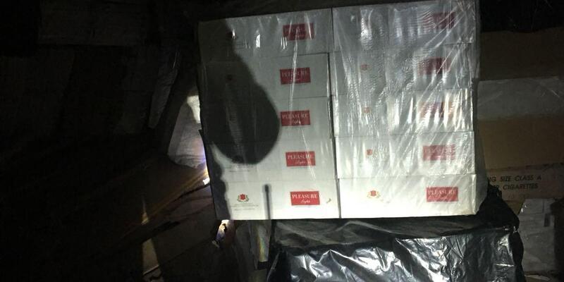 Van'da 30 bin paket kaçak sigara ele geçirildi