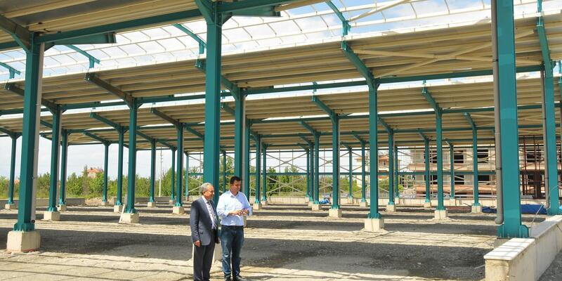 Akşehir'e yeni kapalı pazar yeri