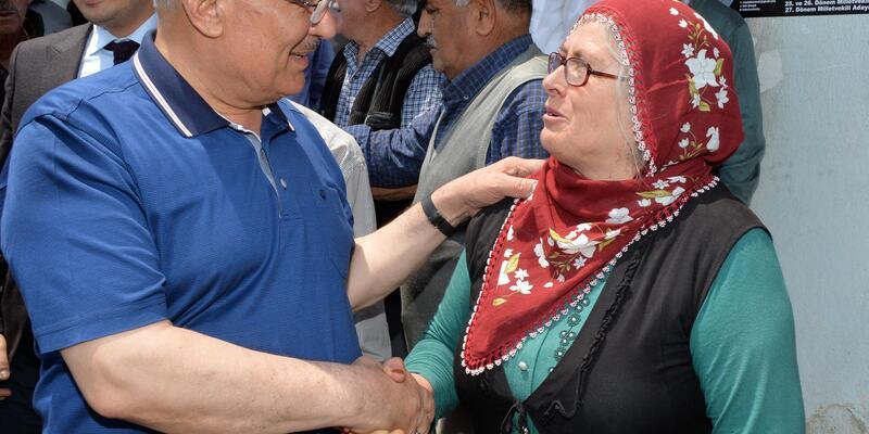 Başkan Kocamaz 2 günde 18 mahalleyi ziyaret etti