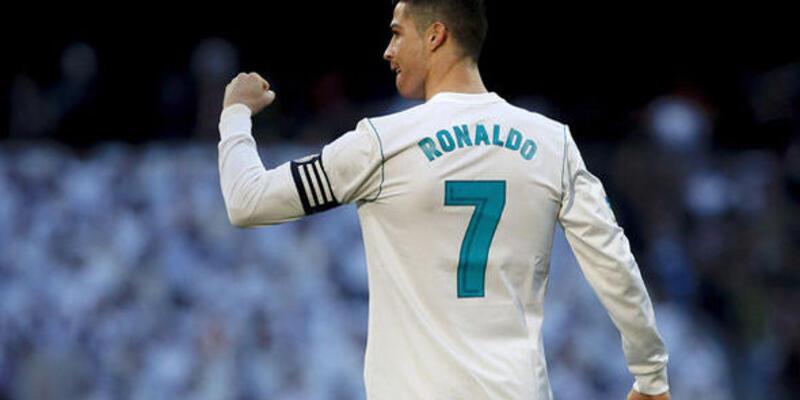 Ronaldo Madrid'i terk ediyor