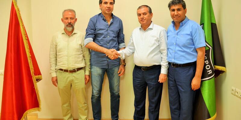 Osman Özköylü Denizlispor'la anlaştı