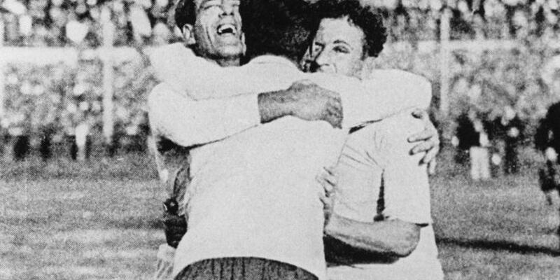 Uruguay 1930 Dünya Kupası - Kupa tarihinin ilk golü