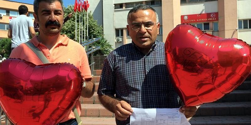 İhraç edilen öğretmenler, sembolik karneleri uçan balonlarla gönderdi