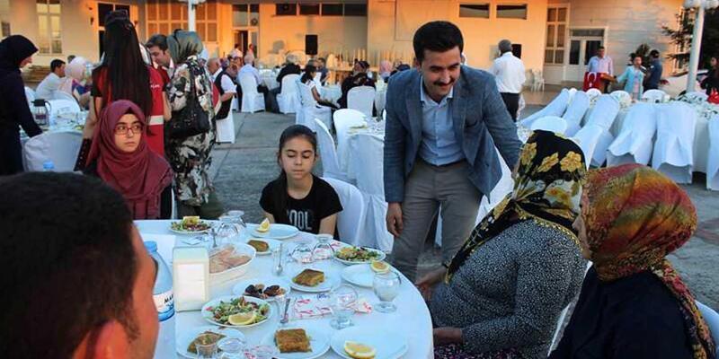 Kaymakamlıktan şehit aileleri ve gaziler onuruna iftar