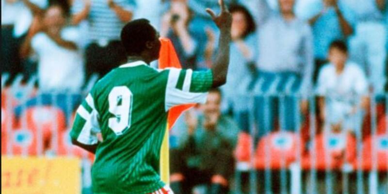 İtalya 1990 Dünya Kupası: Kamerun'un yükselişi