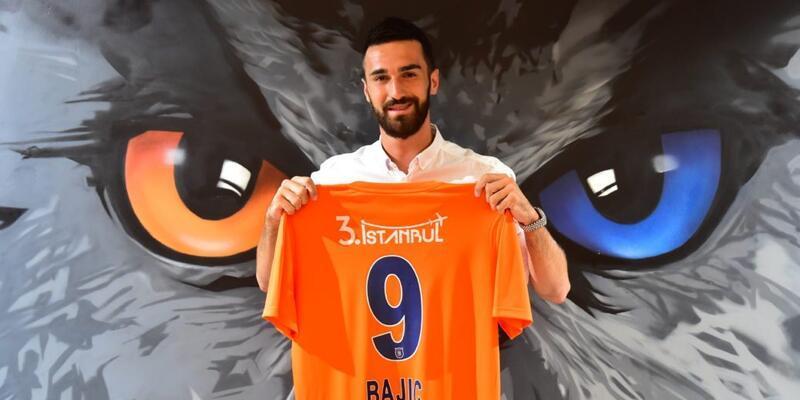 Son dakika Başakşehir Bajic'i 1 yıllığına daha kiraladı