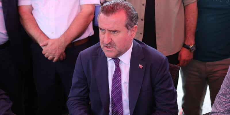 Bakan Bak'dan İlkay Gündoğan açıklaması