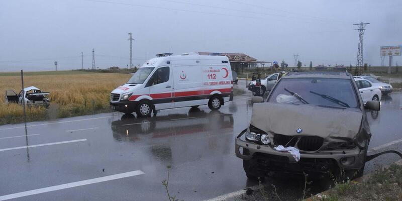 Kütahya'daki kazada ölen aynı aileden 4 kişi toprağa verildi