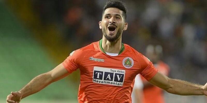 Son dakika Başakşehir Emre Akbaba transferinden vazgeçti