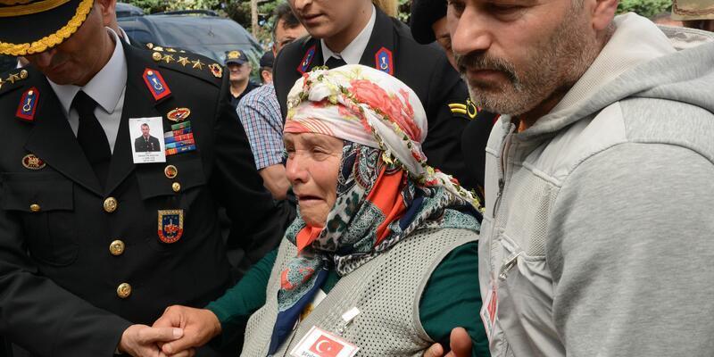 Trabzon'a şehit ateşi düştü (3)