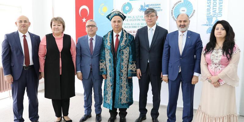 Türk-Kazak Kültür ve Eğitim Merkezi açıldı