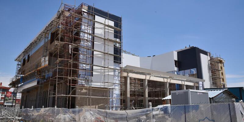Selçuklu Belediyesi tarafından yapımına başlanan mahalle konağı sona yaklaşıyor