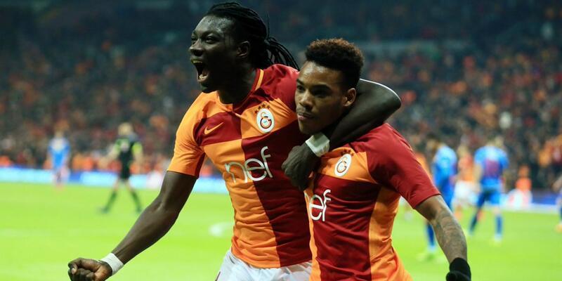Galatasaray'ın yıldızından bomba karar: Kalıyor