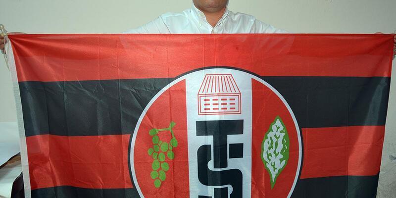 Turgutluspor'da Hakan Sezer yeniden başkan