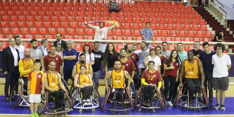 Galatasaray seride 1-0 öne geçti