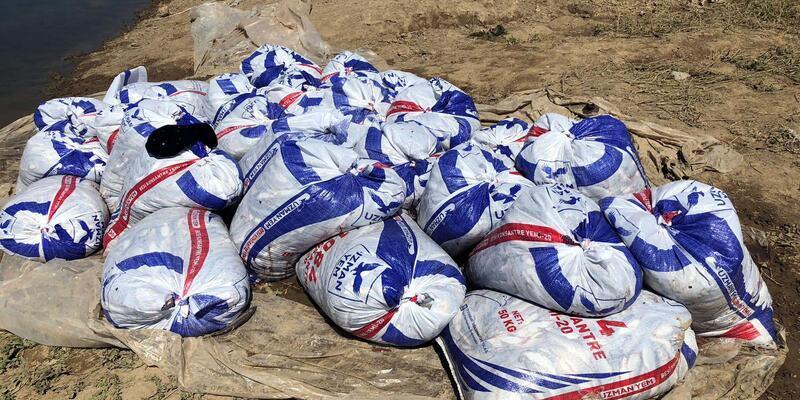 Van'da kaçak avlanan 7 ton 600 kilo inci kefali ele geçirildi