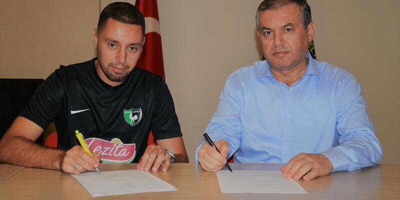 Ismail Aissati imzayı attı
