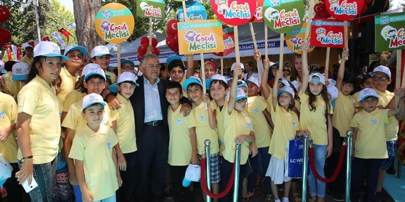 Öğrencilerden yaz okullarına yoğun ilgi