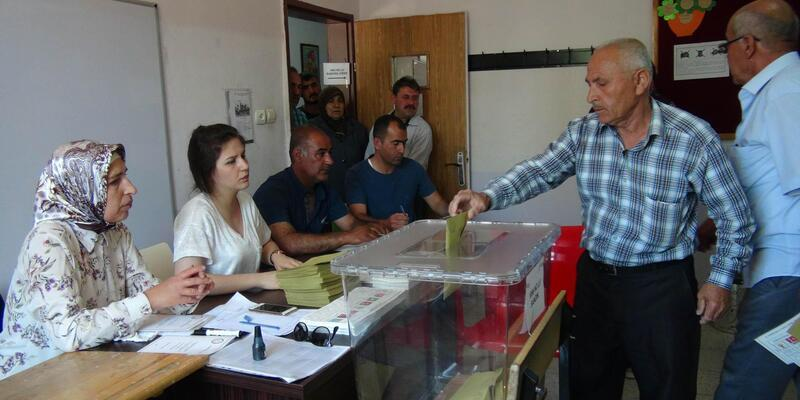 Kilis'te 367 sandıkta oy kullanma işlemi başladı