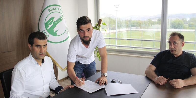 Sivas Belediyespor transfere hız verdi