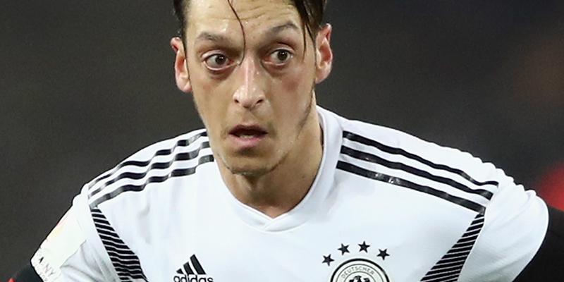 Mesut Özil, Alman Milli Takımı'nı bırakıyor