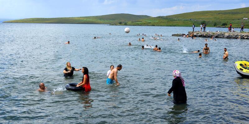 Ardahan Haber - Çıldır gölü, Ege ve Akdeniz sahillerini aratmıyor ...