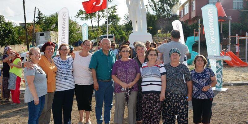 Onuncu Atatürk Anıtı Kılavuzlu Mahallesi'nde açıldı