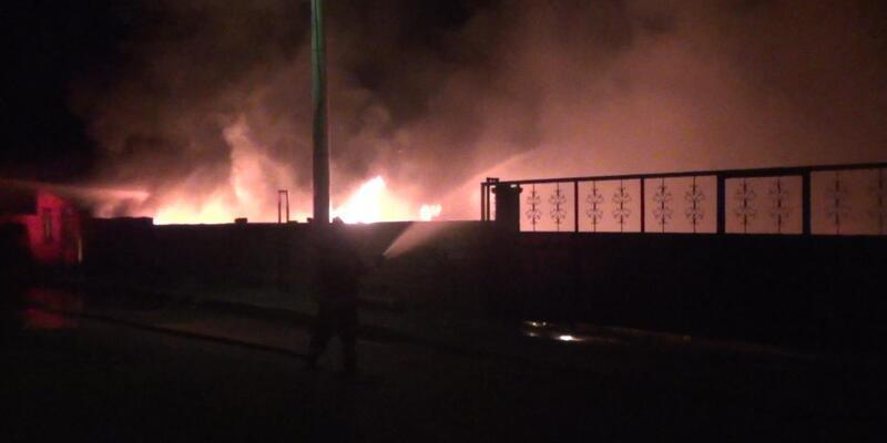 Karapınar'da  hurdacıda yangın paniği
