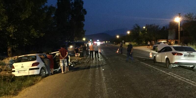 Seydikemer'de iki otomobil çarpıştı: 1 ölü, 2 yaralı