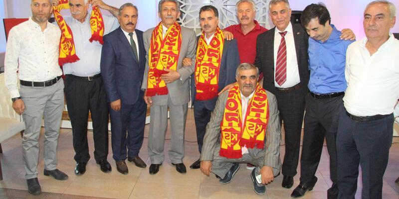 """Erzurumlular Dernek Başkanı Kurt:"""" Birlik ve beraberlik zamanıdır"""""""