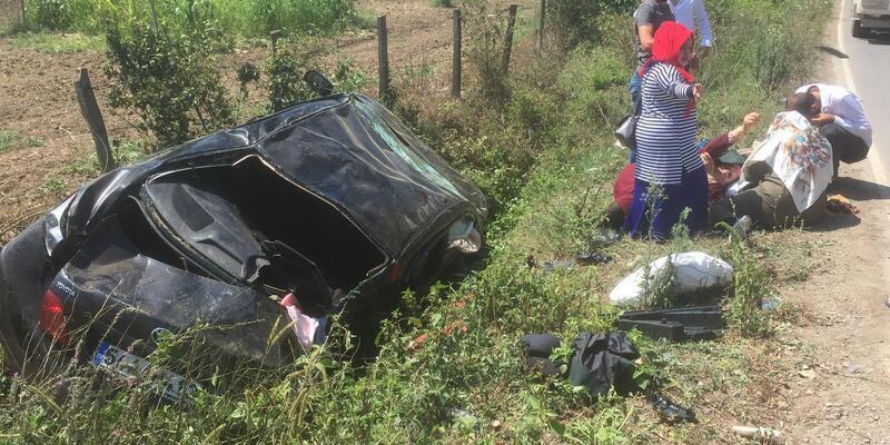 Otomobil su kanalına düştü: 5 yaralı