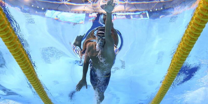 Avrupa Yüzme Şampiyonası'nda iki Türk sporcu yarı finale yükseldi