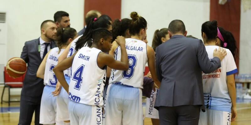 Canik Belediyespor'da 4 transfer