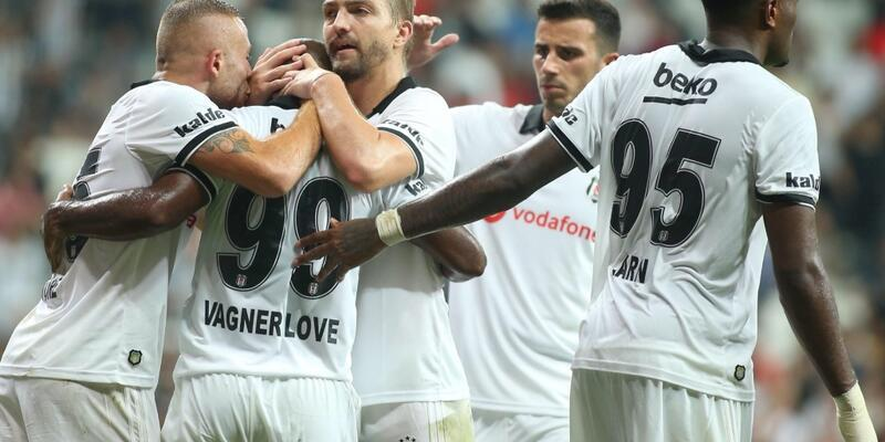 Beşiktaş, LASK Linz maçı kadrosunu UEFA'ya bildirdi