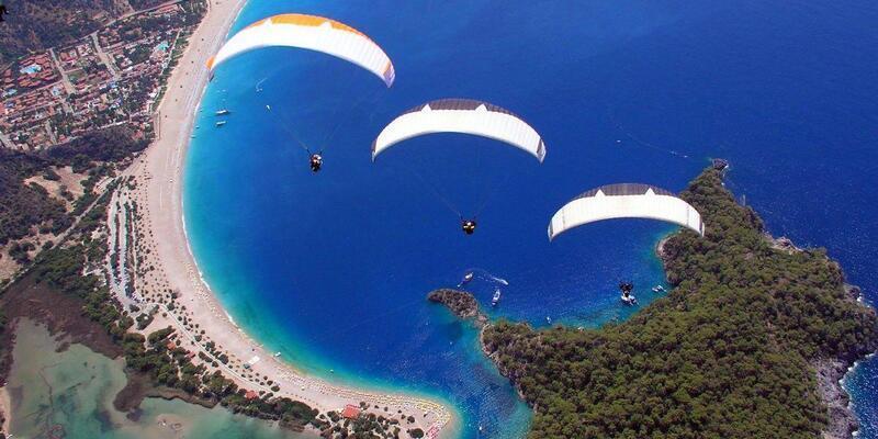 Babadağ'da yamaç paraşütü uçuşlarında artış
