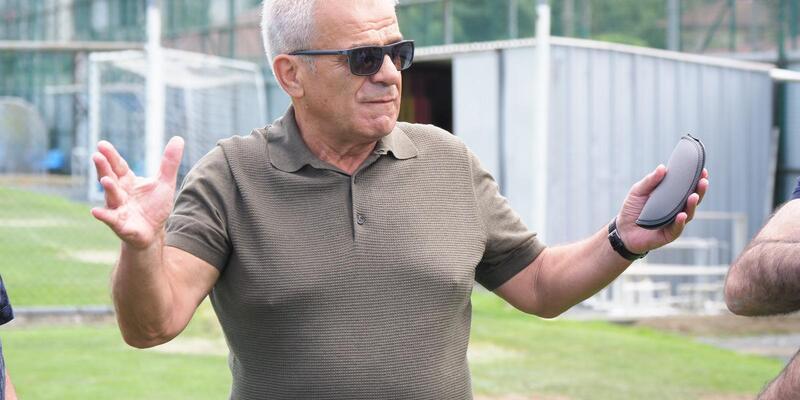 """Yardımcı: """"Rizespor ayakta kalan 2 ya da 3 takımdan biri olacak"""""""