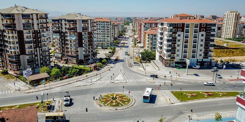 Gülay Caddesi'nde çalışmalara devam