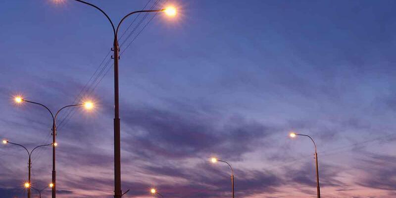 Seydişehir'deki yollara ışıklandırma çalışmaları yapıldı