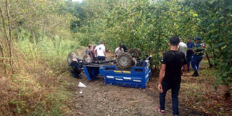 Zonguldak'ta tarım aracı devrildi: 3 yaralı