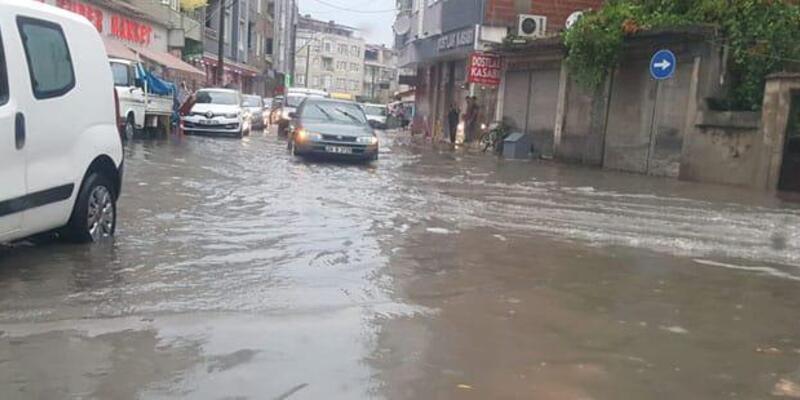 Bafra'da yollar göle döndü
