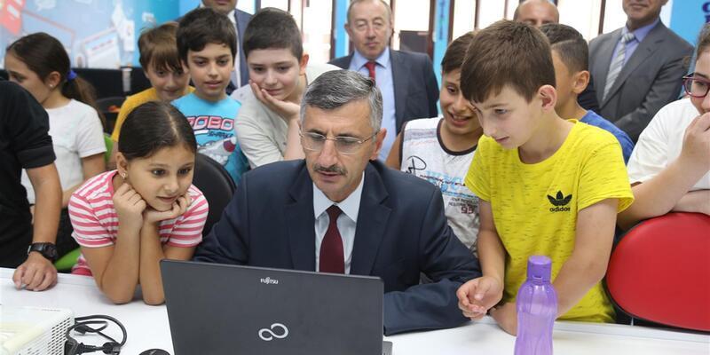 Rize'de 15 bin öğrenciye kodlama eğitimi verildi