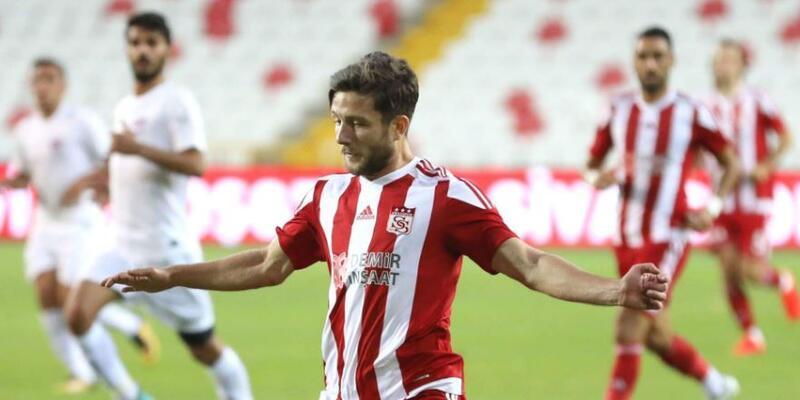 Sivasspor İlker Sayan'ı kadrosuna kattı