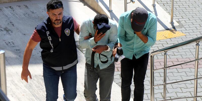 Polis, yaşlı adamı 170 bin lira dolandırılmaktan kurtardı