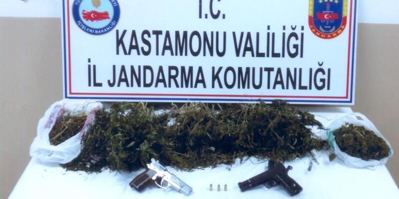 Kastamonu'da uyuşturucuya 2 tutuklama