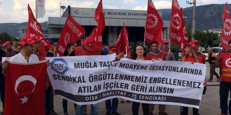 İşten çıkarılan araç muayene istasyonu çalışanlarından protesto