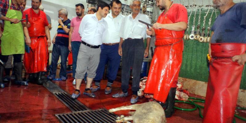 Alaşehir'de uygulamalı kurban kesim kursu