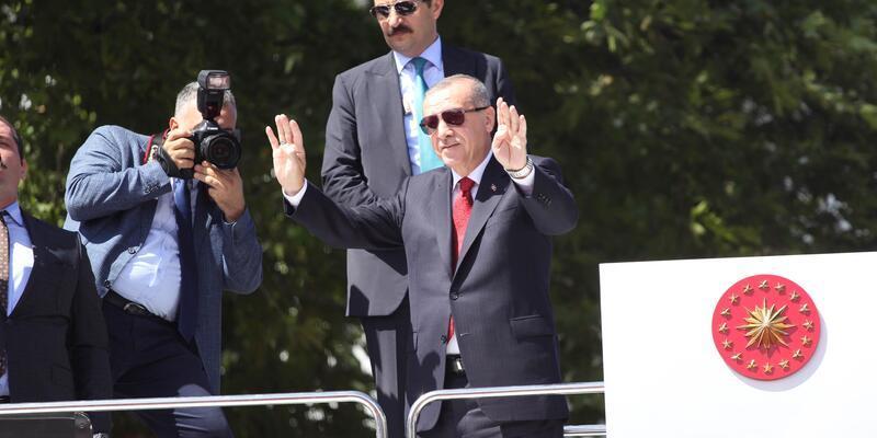 Cumhurbaşkanı Erdoğan, Ordu'da sel bölgesinde incelemelerde bulundu (2)
