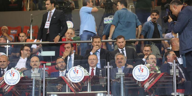 Cumhurbaşkanı Erdoğan: Türkiye'ye tehdit sökmez (3)