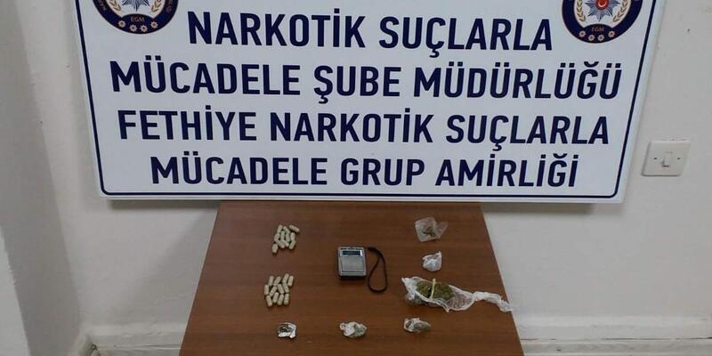 Seydikemer'de 2 kişiye uyuşturucu gözaltısı